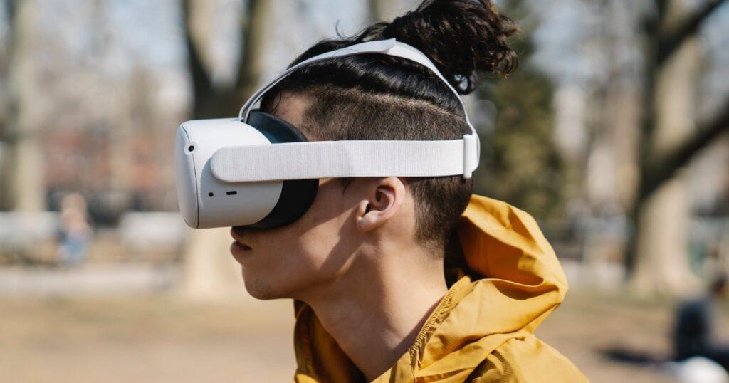 virtuālā realitāte